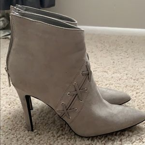None west size 8 1/2 Grey Booties